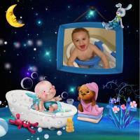 Baby in the bath tub